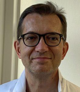 Chef de service de proctologie Dr Vincent de Parades