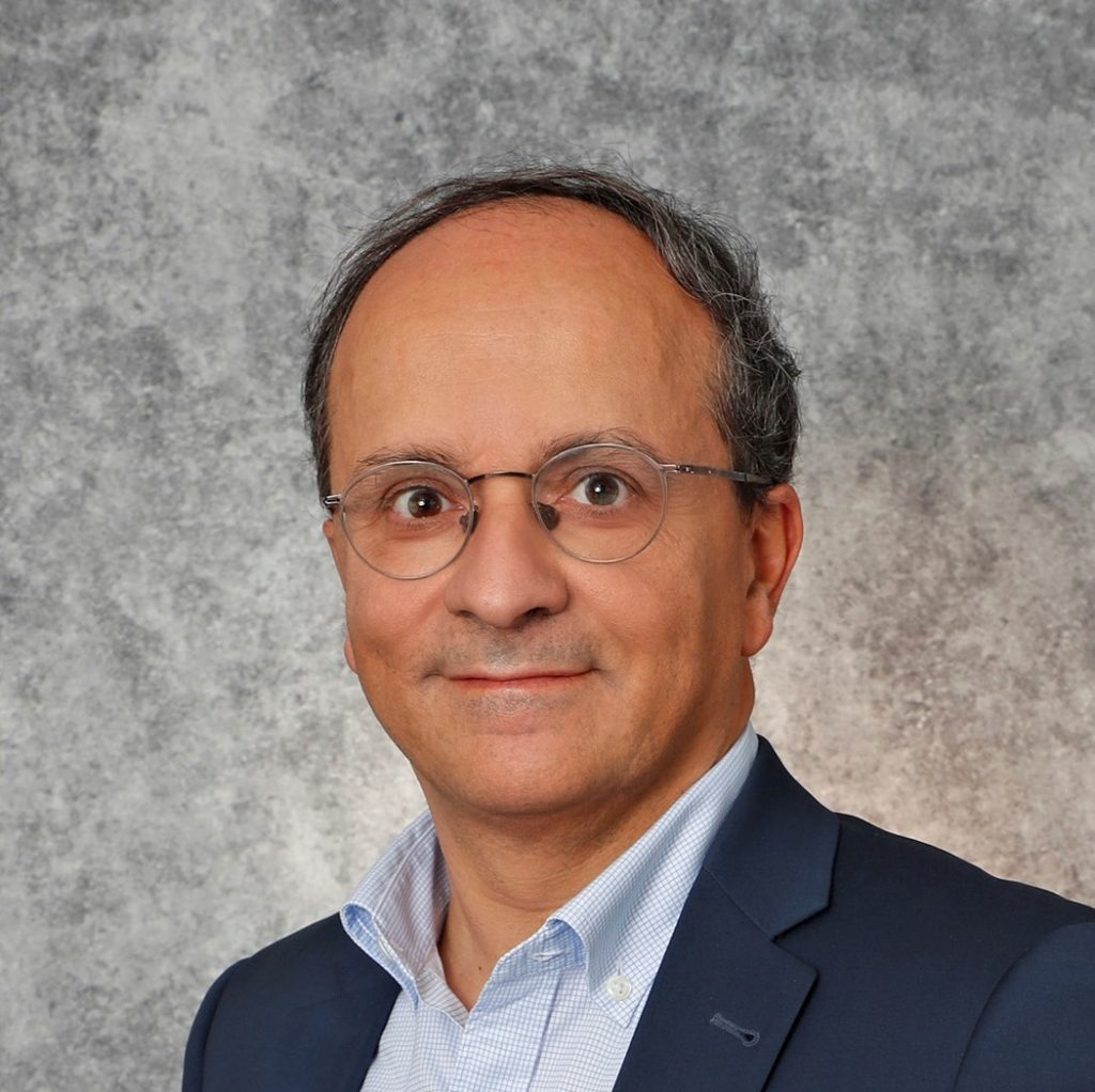Chef de service d'ophtalmologie Dr Yves Lachkar